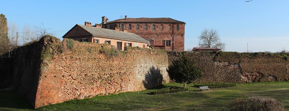 16-castello_benevagienna